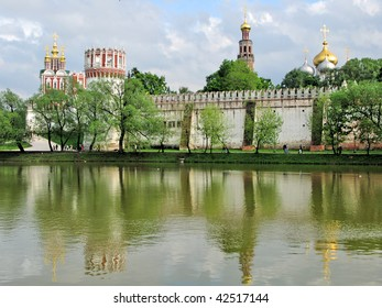 Novodevichiy Convent, Moscow