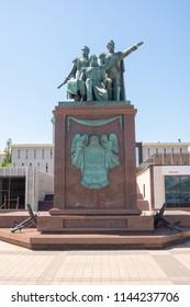 Novorossiysk, Russia - may 3, 2018: Monument to the founding fathers of Novorossiysk Raevsky, Lazarev, Serebryakov from grateful Novorossiysk on the embankment