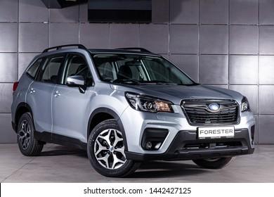 Immagini, foto stock e grafica vettoriale a tema Subaru