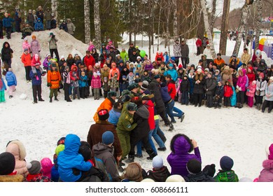 "Novosibirsk, Russia - March 17, 2013: Shrovetide - folk festivals. Traditional fight ""wall to wall"""