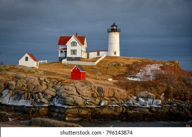 Nubble in the light