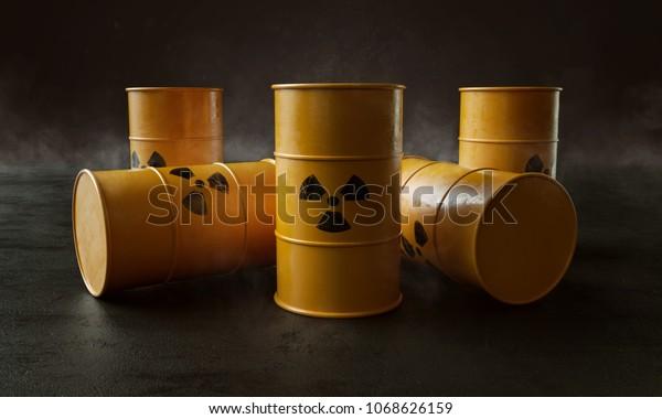 Déchets nucléaires en barils