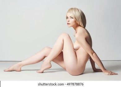 Royalty Free Naked Woman Stock Images Photos Vectors Shutterstock