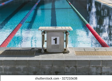 The number 1 diving platform in a swimming pool competition