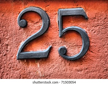 Number 25 on house wall