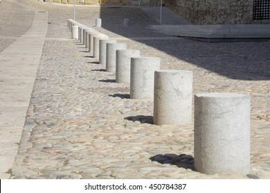 number stone pillars