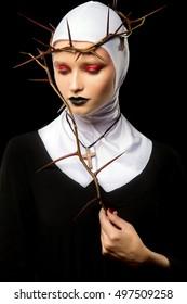 Nun. Halloween. Creative make up. Halloween make up