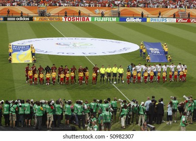 Photos of the world cup final 2006 lineup