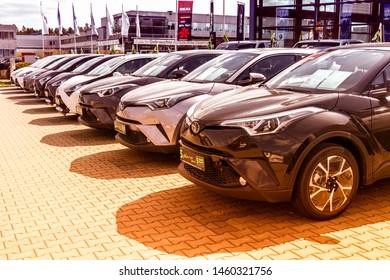 Imágenes Fotos De Stock Y Vectores Sobre Carro Nuevo