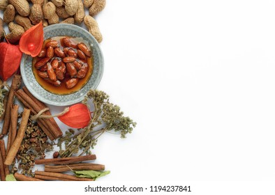 Nuts, condiments and dried herbs