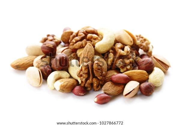 坚果混合健康饮食(腰果,开心果,榛子,核桃,杏仁)