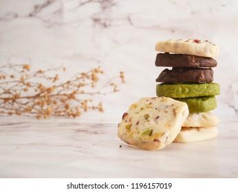 nutty shortbread cookie