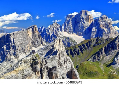 Nuvolau refuge surrounded by mountains, Dolomite Alps, Italy