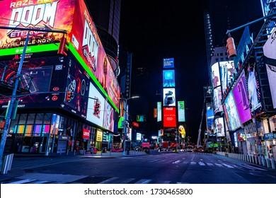 NYC, NY, US 03/26/2020 Apocalyptic NYC