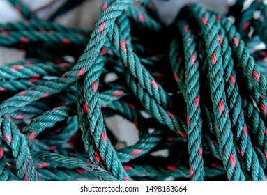 A Nylon rope pile green