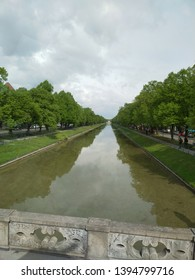 Nymphenburg Kanal, canal leading to the baroque palace of Nymphenburg in Munich, Bavaria, Germany, Europe