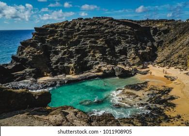 Oahu, Hawaii - Halona Blowhole Lookout