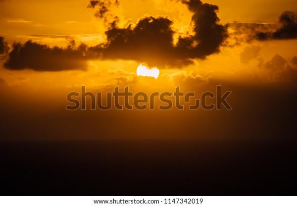 Oahu Sunrise time.