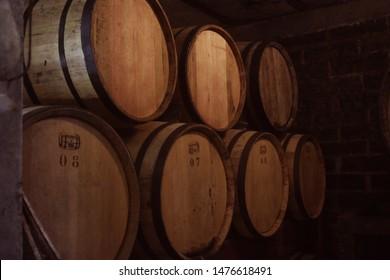 oak barrels for aging cachaça