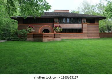 Oak Park, Illinois - 05/16/2015: Arthur Heurtley Residence. Architect Frank Lloyd Wright. Built 1902