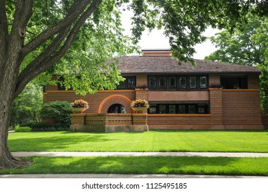 OAK PARK, ILLINOIS - JUNE  25, 2018:  The Arthur B. Heurtley House from 1902 designed by architect Frank Lloyd Wright