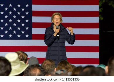 Oakland, CA - July 31, 2019: Democratic hopeful, Elizabeth Warren, speaking to thousands of supporters who turned out at Oaklands Laney College to hear her  outline her plans for government.