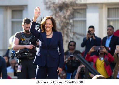 Kamala Harris Images, Stock Photos & Vectors | Shutterstock