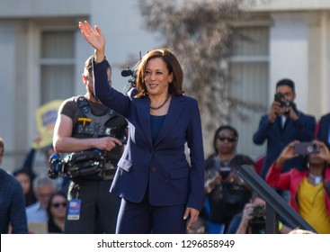Oakland, CA/USA-Jan.27,2019- Senator Kamala Harris waves to crowd after announcing her candidacy for president.