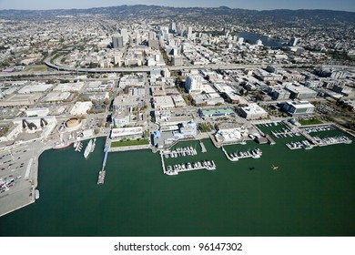 The Oakland City and the Downtown