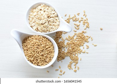 Oat grains and flakes in containers for display
