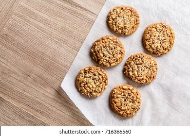 Oatmeal cookies with grain and fiber and nuts