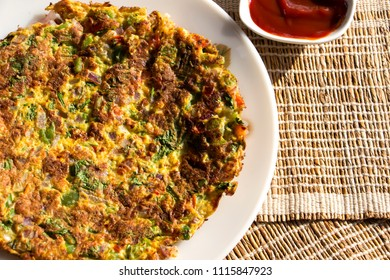 Oats omelette is a healthy and filling breakfast for diabetic friends. This healthy omelette can be served and loved by all age groups.