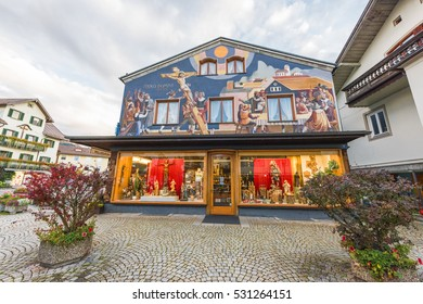 OBERAMMERGAU,GERMANY-OCTOBER 2016: unique houses of the town