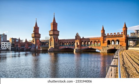 Oberbaum bridge in Belin, Germany