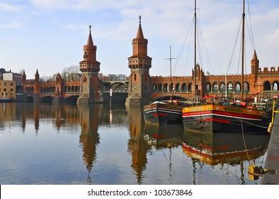 oberbaum bridge over spree river in berlin, germany