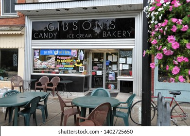 OBERLIN, OHIO / USA - SEPTEMBER 7 2009: Gibson's Bakery on College Street in downtown Oberlin.