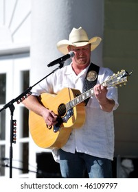OCALA, FL - FEBRUARY 6:Tracy Lawrence performs onstage at Silver Springs Park on February 6, 2010 in Ocala, FL.