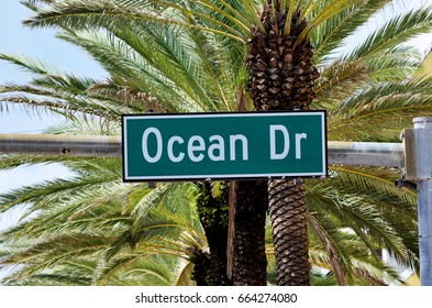 Ocean Drive Sign on the corner of South Beach I