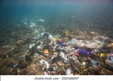 Ocean pollution, rubbish in the water