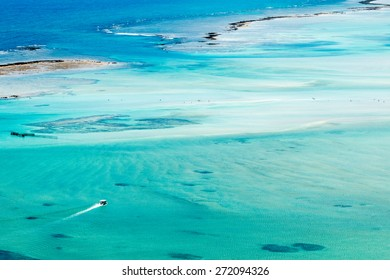ocean texture/ ocean water/ tourism in ocean texture
