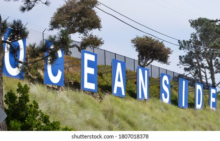 Oceanside Ca Oceanside Harbor signs on grassy hill