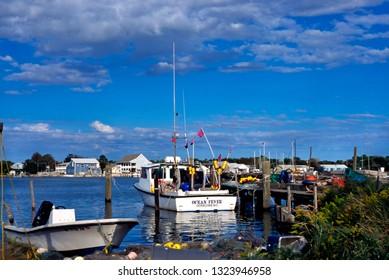 Ocracoke Village, Ocracoke Island, Outer Banks, North Carolina, USA, fishing boats at dock, October 9 1996