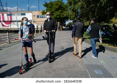 Oct 03, 2020 New Yorkers enjoying along the Hudson River Park after the lockdown from Covid-19, New York City, USA.