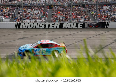 October 07, 2018 - Dover, Delaware, USA: Darrell Wallace, Jr (43) races during the Gander Outdoors 400 at Dover International Speedway in Dover, Delaware.