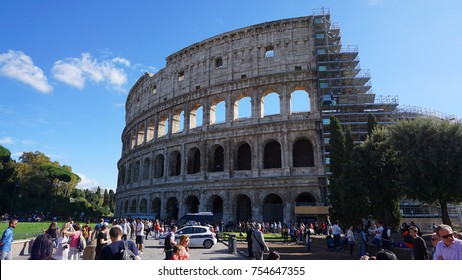 October 2015: Photo from famous Coloseum in center of Rome, Italy