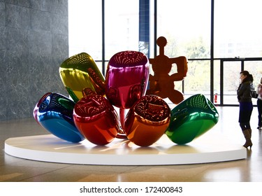 """OCTOBER 29, 2008 - BERLIN: the artwork """"Tulips"""" in the exhibition """"Jeff Koons. Celebration"""", Neue Nationalgalerie, Berlin-Tiergarten."""