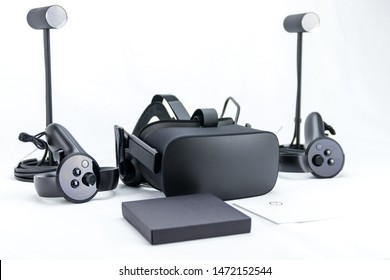 Oculus Rift CV1 Virtual Reality goggles set, including the VR headset, sensors and controllers