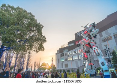 Odaiba DiverCity Tokyo Plaza - March2018 - wide angle perspective sunset during Gundam Unicorn Season