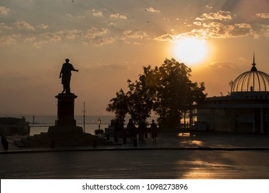 Odessa. Primorskiy Boulevard. Sunrise.