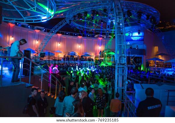 Ночной клуб музыка 2014 зажигалка стрип клуб самара